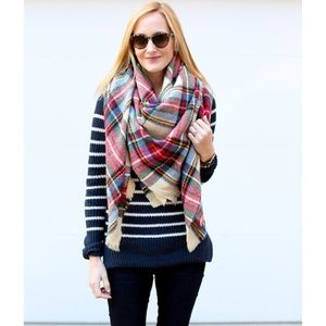 Accessories - Oversized Blanket Scarf Red/Tan/Green